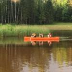 Kanuutamine järvel